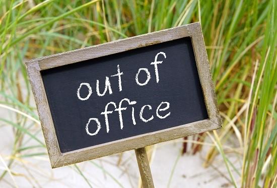 Alleen op kantoor